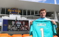 Canelo ready to thrill fans at Miami Dolphins stadium avni yildirim mexican pvp rankings ratings world predictions preview who wins what time start how to watch fight oddschecker betting odds